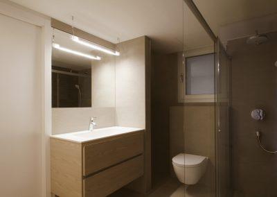 baño-laminado-tipo-madera