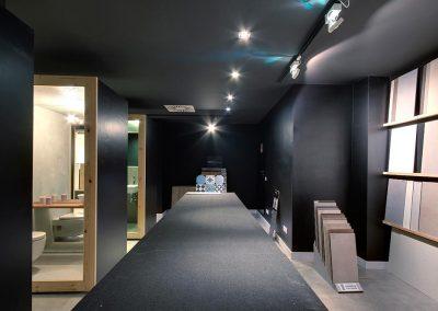 Exposición de baños y materiales Barcelona