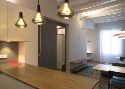 Llum natural i artificial dins l'habitatge