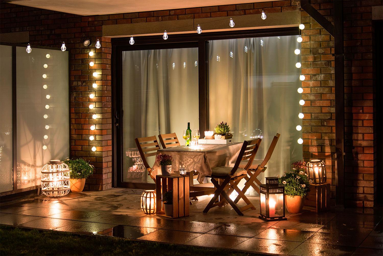 Decoración terraza cena de verano
