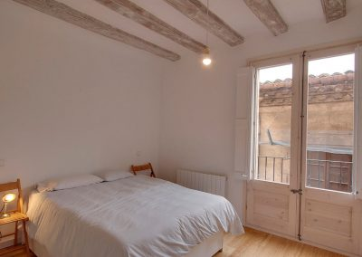 Dormitorio principal renovado